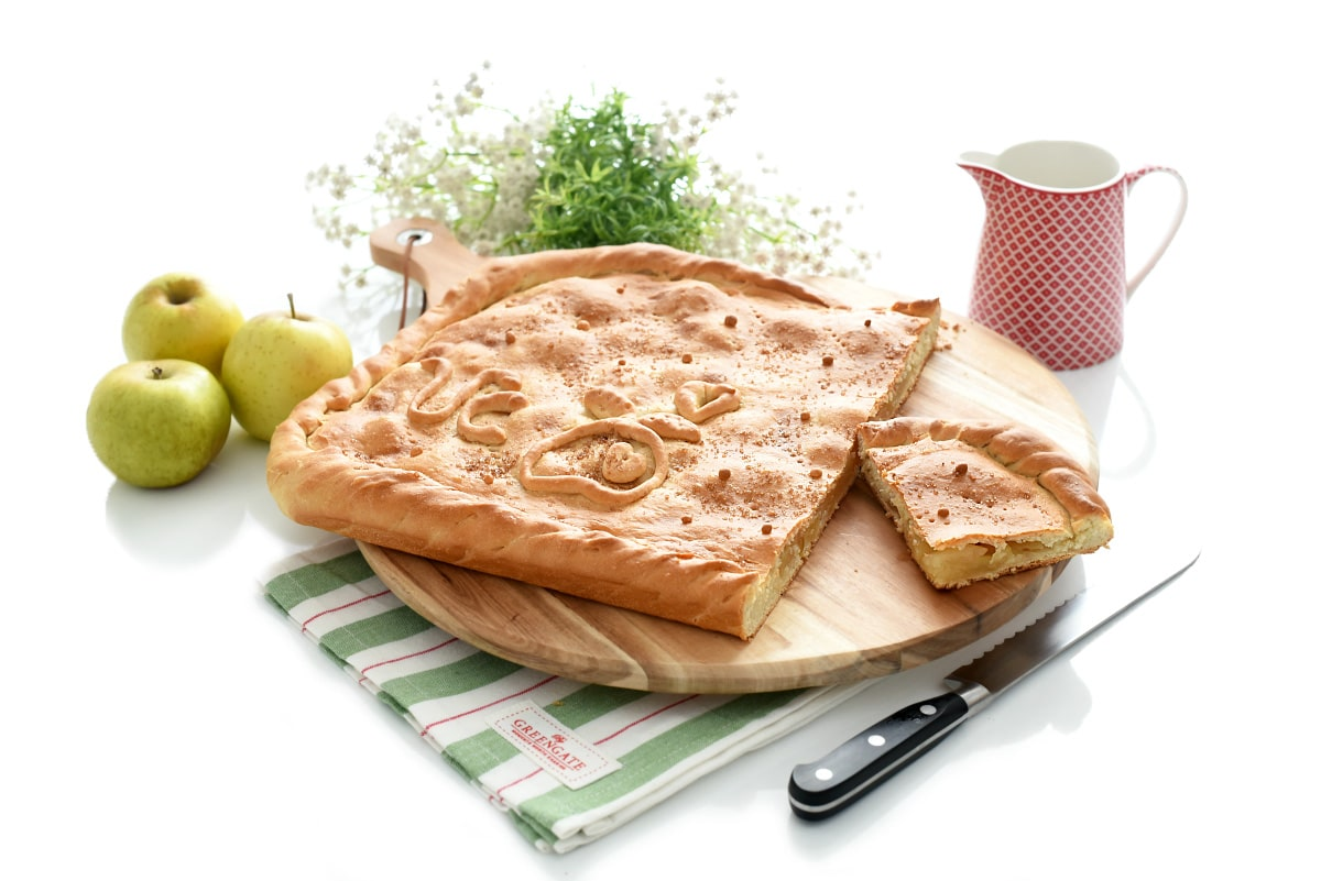 Empanada de manzana gallega